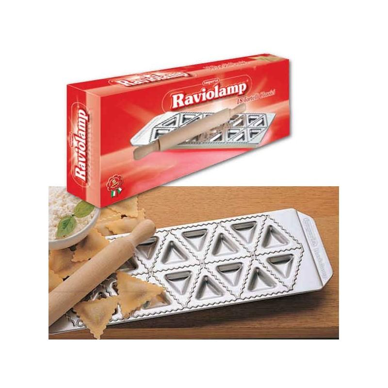 Tabla para 18 raviolis triangulares o tortelli de Imperia